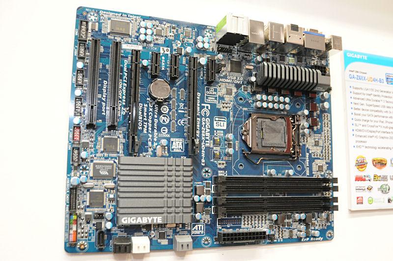 Intel Z68 Expressを搭載する「GA-Z68X-UD4H-B3」