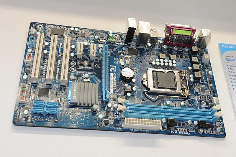 ディスプレイ出力を持たないIntel H61搭載製品「GA-P61-USB3-B3」
