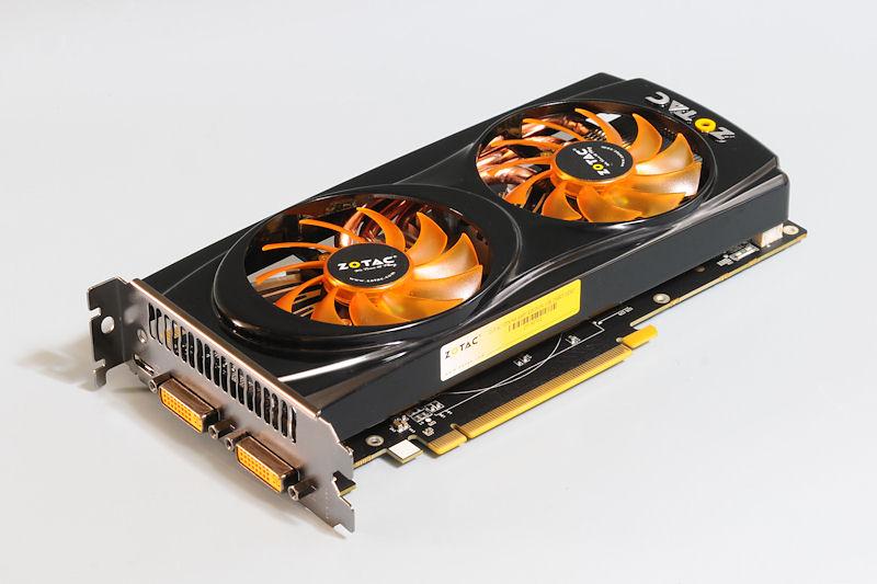 【写真1】GeForce GTX 560を搭載するZOTACの「GTX 560 AMP! EDITION」