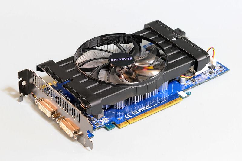 【写真7】GeForce GTX 550 Tiを搭載するGIGABYTEの「GV-N550OC-1GI」