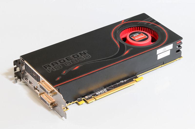 【写真8】Radeon HD 6850のリファレンスボード