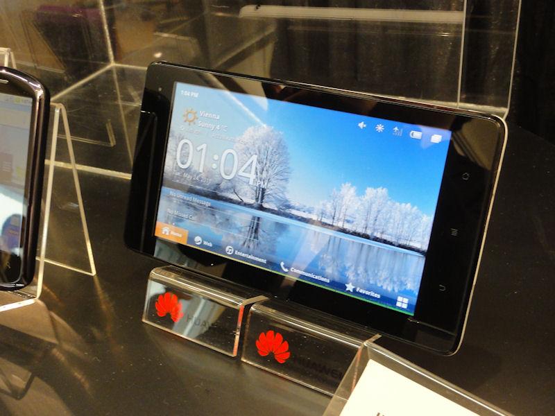 以下は参考展示された海外のAndroid端末。7型タブレットのIDEOS S7 Slim