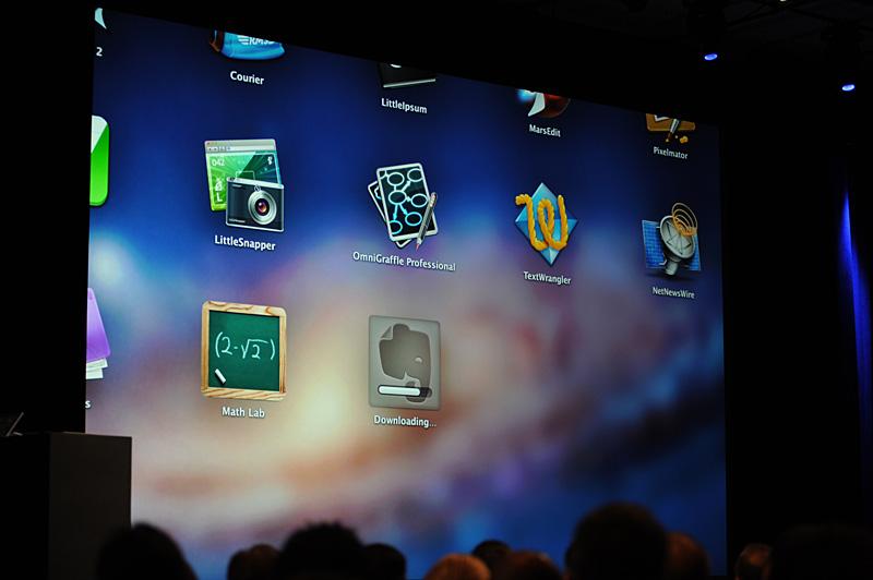 Mac App Storeでの購入、マイナーバージョンアップ、インストールもiPadのようだ
