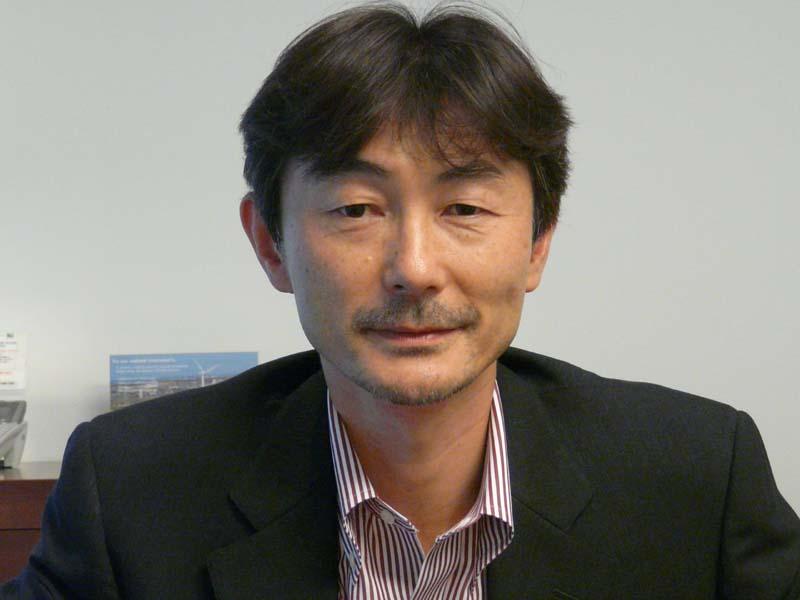 ソニー コンシューマプロダクツ&サービスグループ VAIO&Mobile事業本部・赤羽良介副本部長