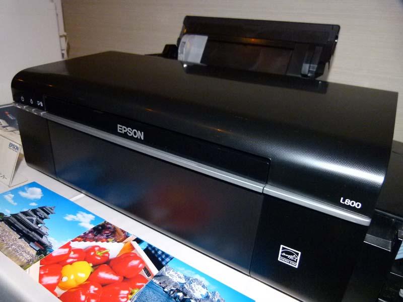 新興国向け専用モデルのL800