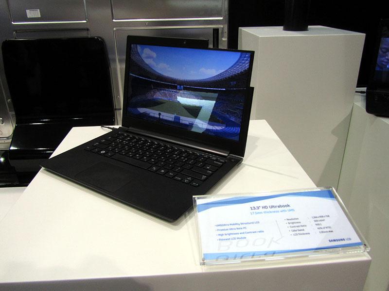 Samsungのブースで展示されていたUltrabook