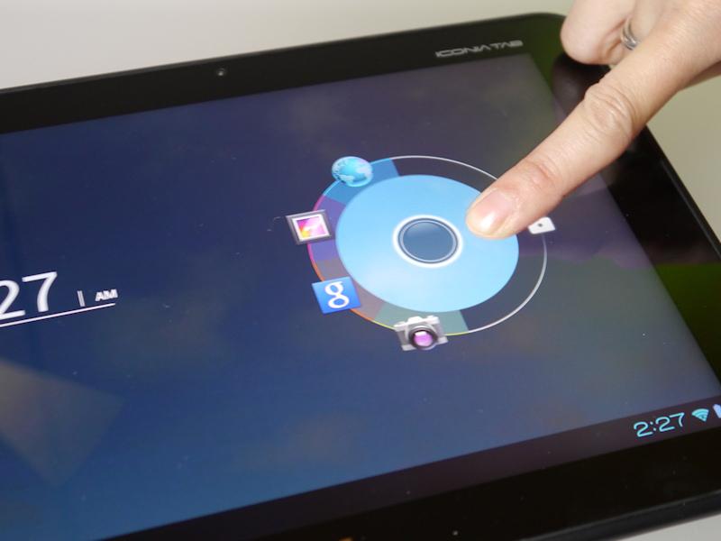 ロック画面に独自のAcer Ring UIを採用