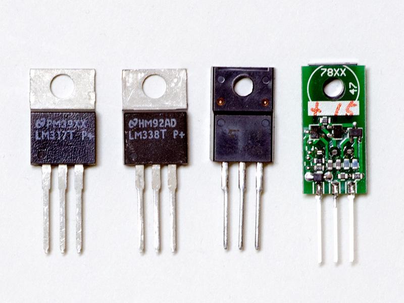 FIDELIXの+15V 3端子レギュレータなど。左からLM317T、LM338T、7812S、そしてFIDELIXの+15V 3端子レギュレータ