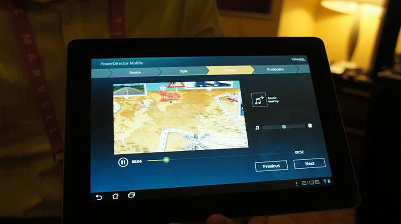 CESでのNik Software Snapseedのデモ。タッチ操作で写真のレタッチなどが可能になる。Tegra3の処理能力を利用してリアルタイムでレンダリングできる