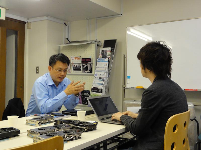 インタビューはMSIビデオカードの代理店であるアスクの事務所にて行なわれた