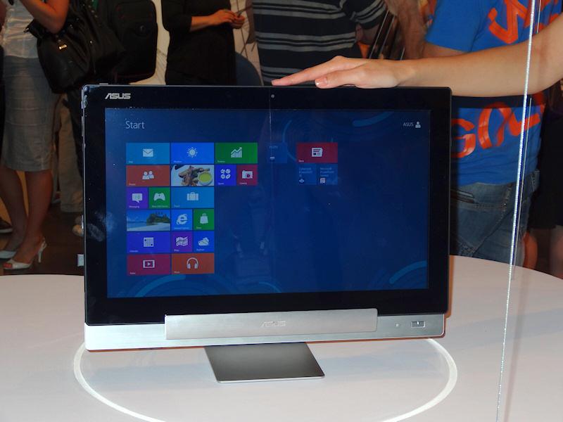 ベースステーションにCore i7+Windows 8が入っているが、液晶にはARM+Androidが搭載