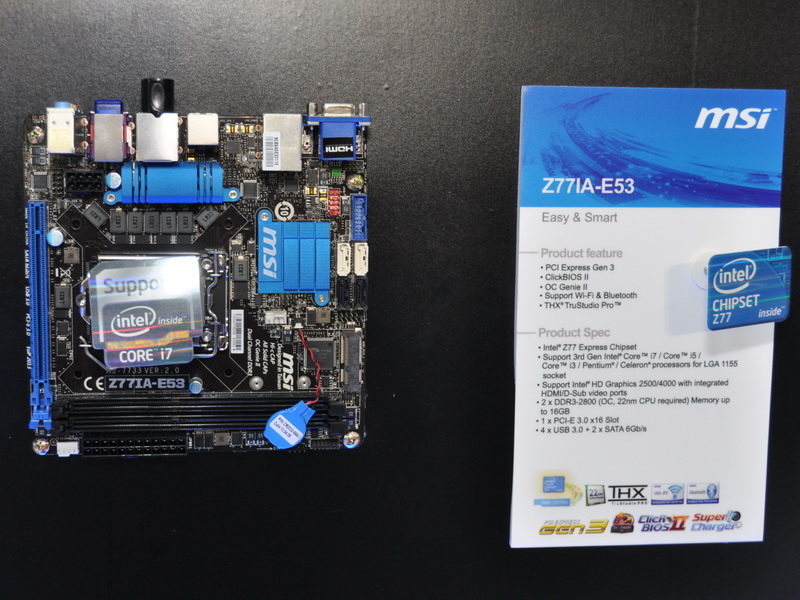 Intel Z77 Express搭載のMini-ITXマザーボード「Z77IA-E53」。ポート類の仕様はMini-ITXマザーボードとして標準的。無線LANとBluetoothを標準搭載する