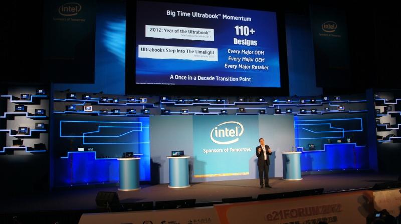 Intelの基調講演では、多数のUltrabookが展示された