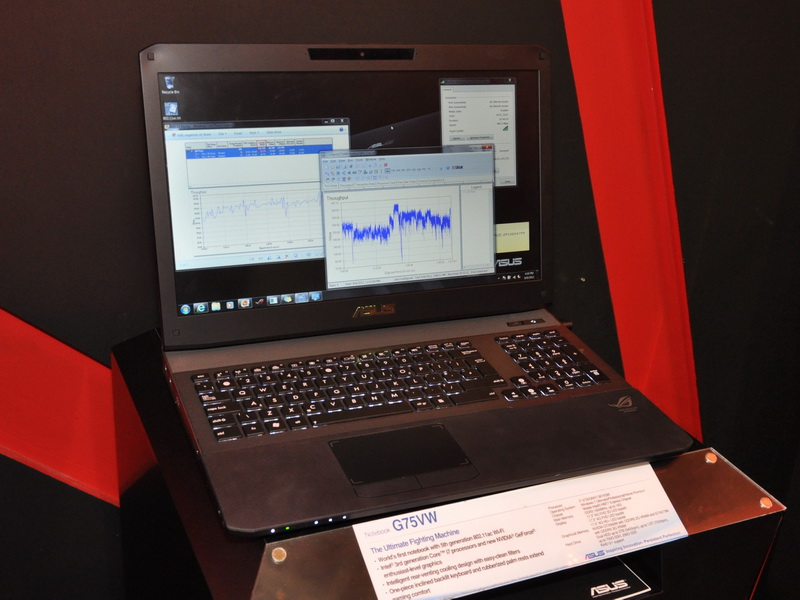 世界初のIEEE 802.11acモジュール内蔵ノートPC「G75VM」。Core i7-3720QMやGeForce GTX 670Mを搭載するハイエンドゲーミングノートだ