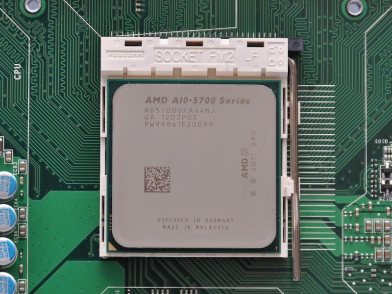 CPUソケットは「Socket FM2」となっており、Llanoとは互換性がない