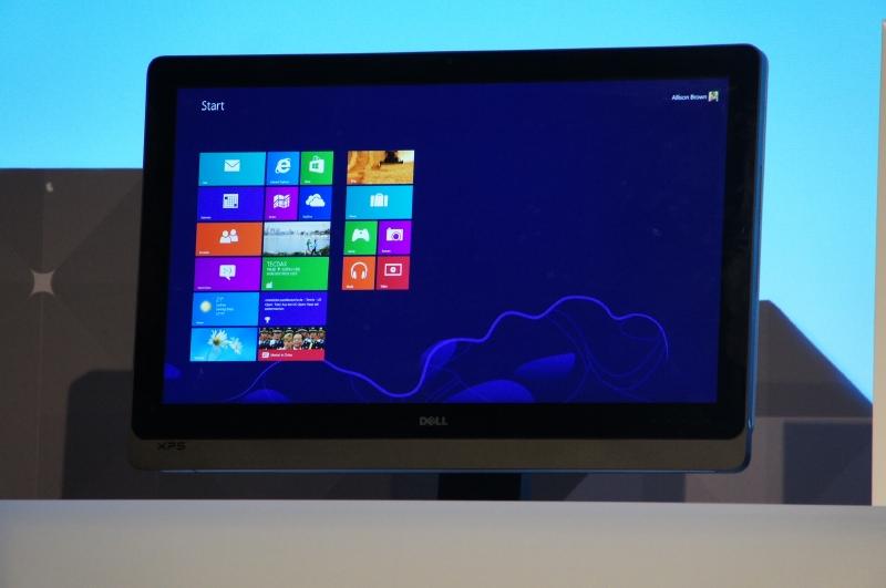 Dellの記者会見で発表されたDell XPS One 27のタッチ対応版。Windows 8の正式発表以降に投入される見通し