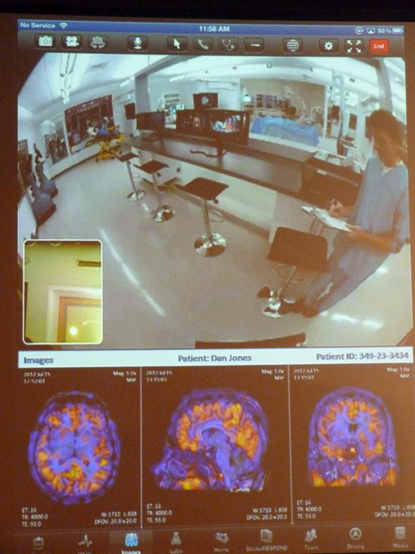 MRI画像なども同時に閲覧できる
