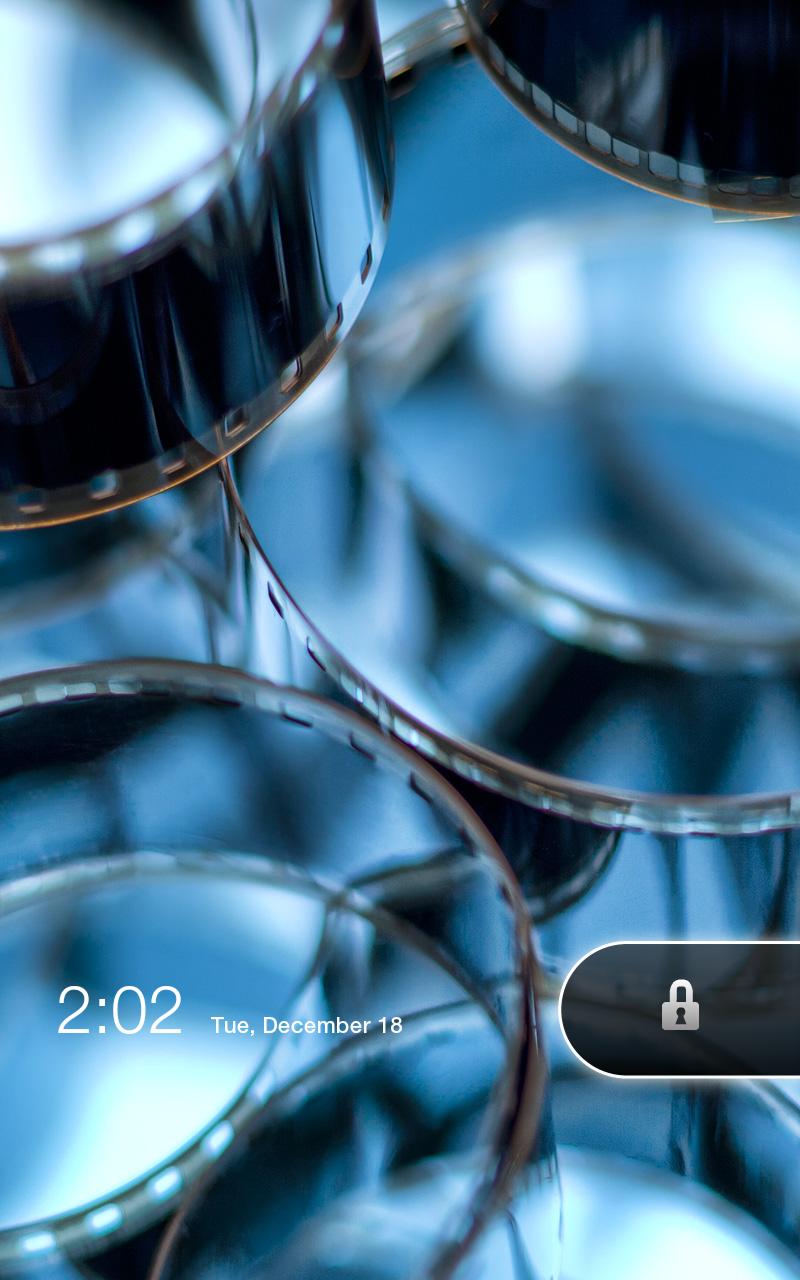 セットアップ開始。まずは電源を入れ、Androidと同様に鍵マークを横方向にスワイプしてスクリーンセーバーを解除する