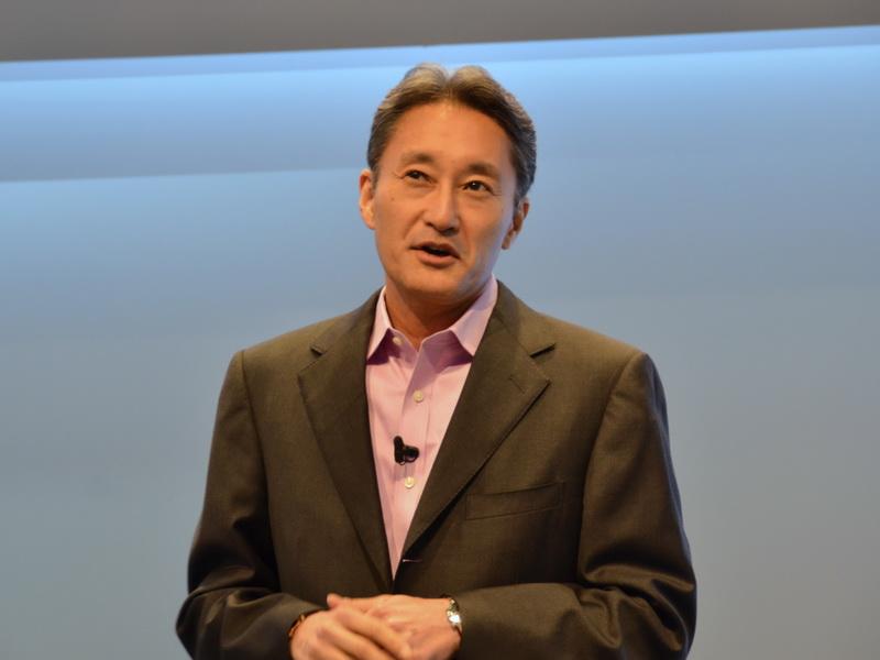 """発表会では、ソニーCEOの平井一夫氏も登壇。Xperiaは""""One Sony""""を具現化するものであると強調"""