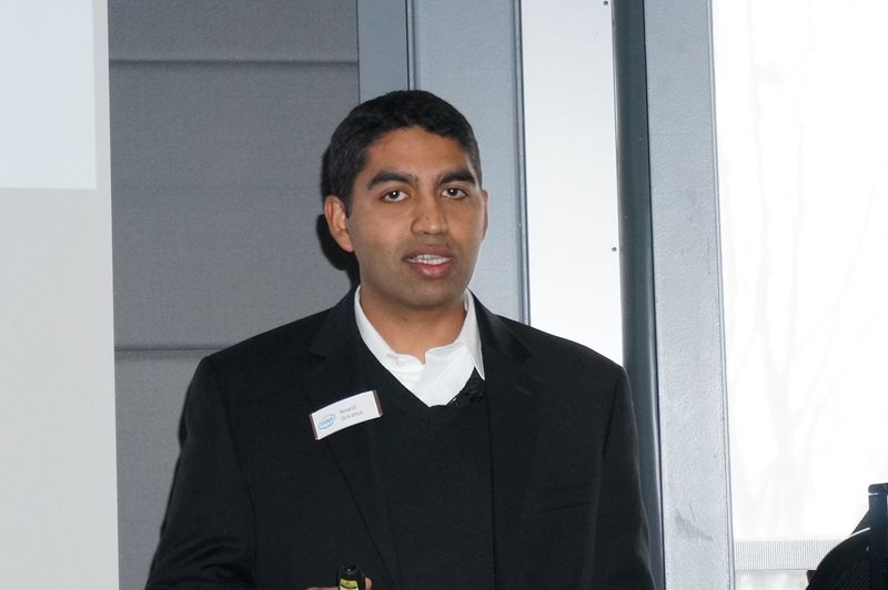 Intelデスクトップクライアントプラットフォーム部長のアナンド・シェリーバトゥサ氏