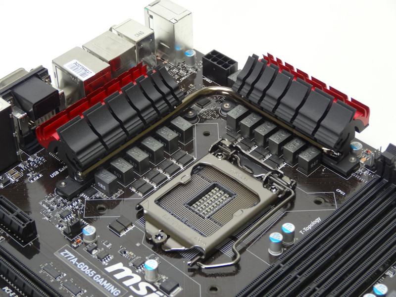 CPU周りは、12フェーズPWM回路となっている。MOSFETはDrMOS IIを搭載するほかSFCやHi-C Capといった部品を採用している