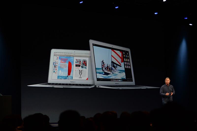 従来とほぼ同様のデザインながら、バッテリ駆動時間を大幅に延長したMacBook Air
