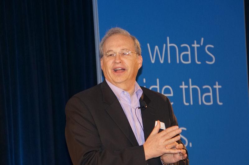 Intel CTO(最高技術責任者)のジャスティン・ラトナー氏