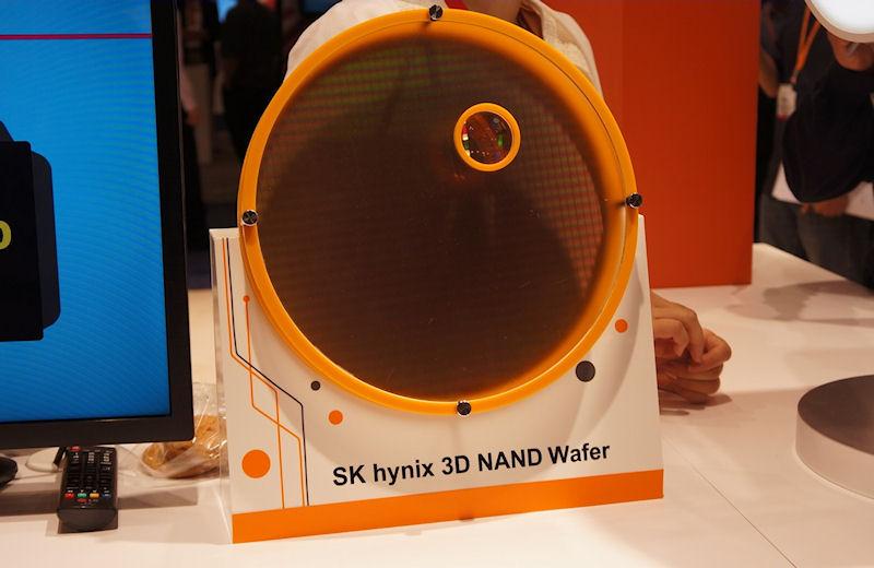 3D NANDフラッシュを作りこんだ300mmウェハ