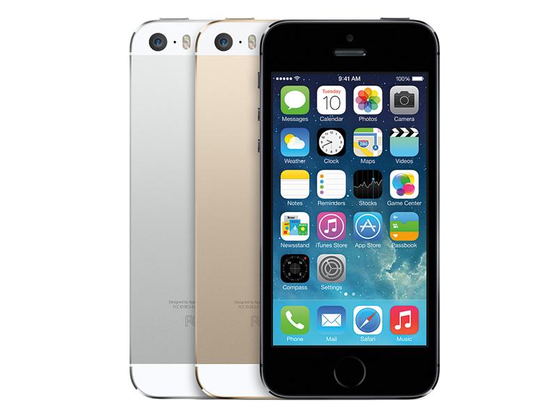 Goldを加えた3色となるiPhone 5s。黒系統もnew space grayと名称が変更された。