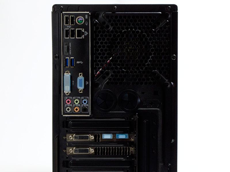背面(アップ)。PS/2×1、USB 2.0×4、Ethernet、USB 3.0×2、音声入出力。GeForce GTX 770側の出力はDVI-D、DVI-I、HDMI、DisplayPort