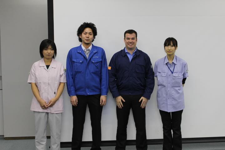 レノボグループが全世界で展開する「LMEL(Lenovo Manufacturing Engineering Logistics) Doers」として3人を表彰