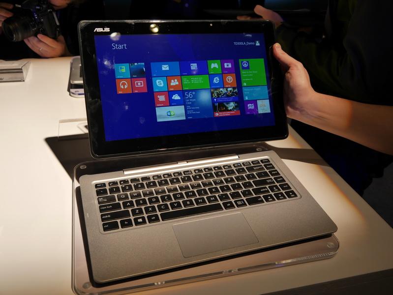 液晶部を切り離すと、WindowsタブレットまたはAndroidタブレットとして利用できる