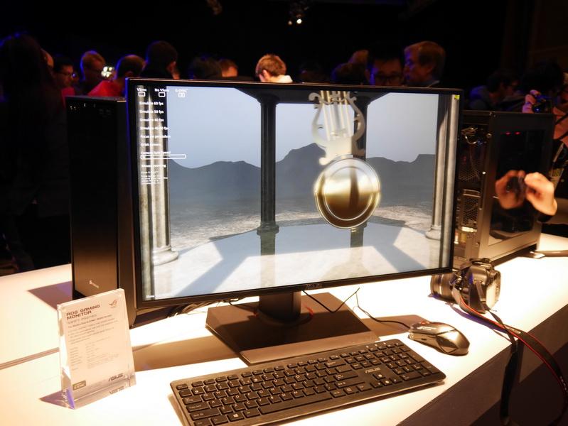 R.O.G.ブランドのゲーミング液晶ディスプレイ「R.O.G. SWIFT PG278Q」。NVIDIAの「G-SYNC」に対応する点が最大の特徴。27型で表示解像度は2,560×1,440ドット