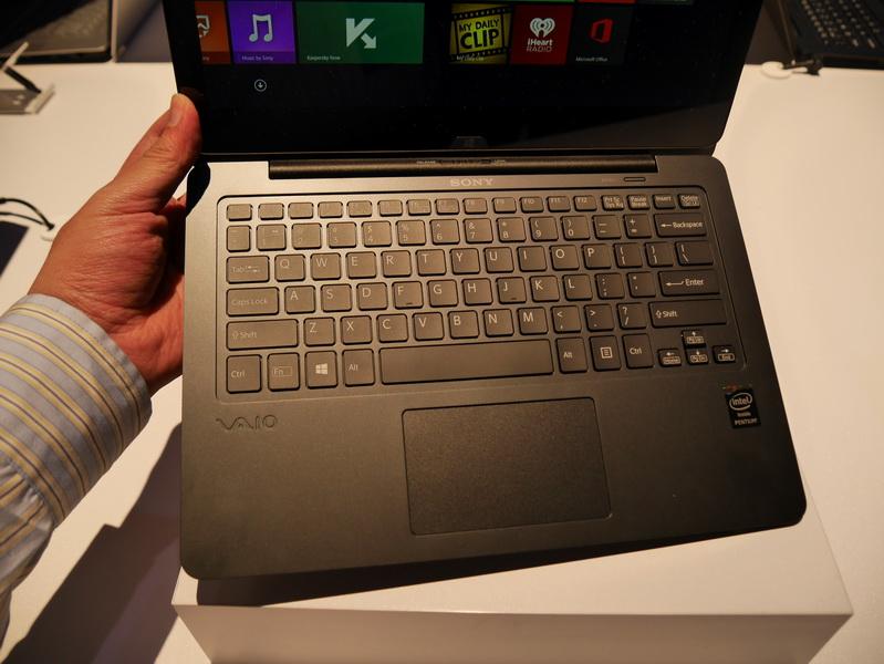 キーボードは、既存シリーズ同等のアイソレーションキーボードを採用