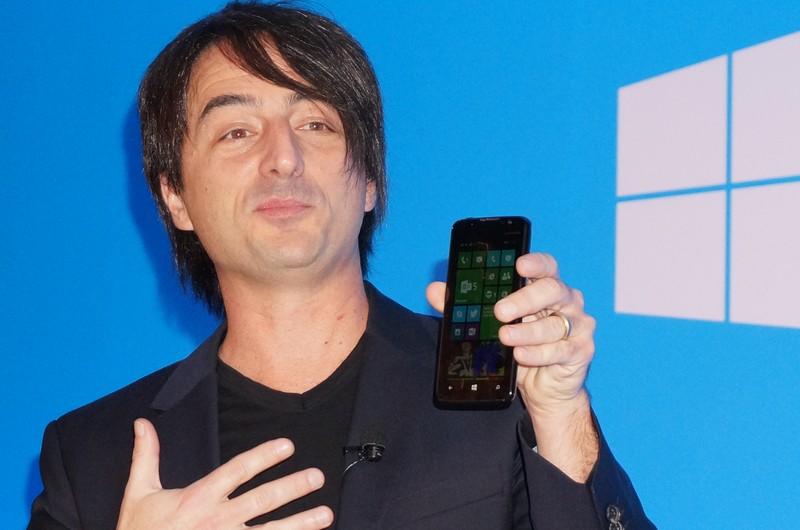 デュアルSIMに対応したWindows Phoneのサンプル