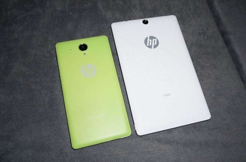 左がHP Slate6 VoiceTab、右がHP Slate7 VoiceTab