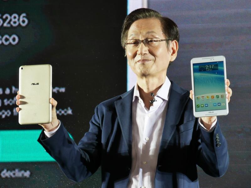 通話3G機能搭載タブレット「Fonepad」シリーズの新モデル。こちらは8型液晶搭載の「FE380CG」