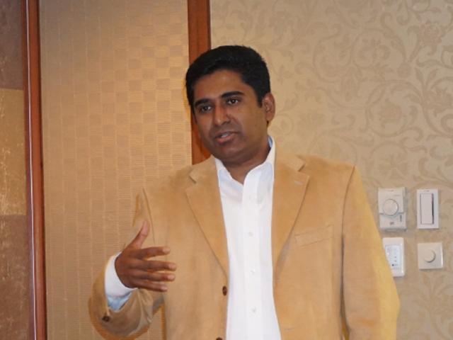 AMD Rdeon モバイルグラフィックス製品管理課長 ラビ・ガナハン氏
