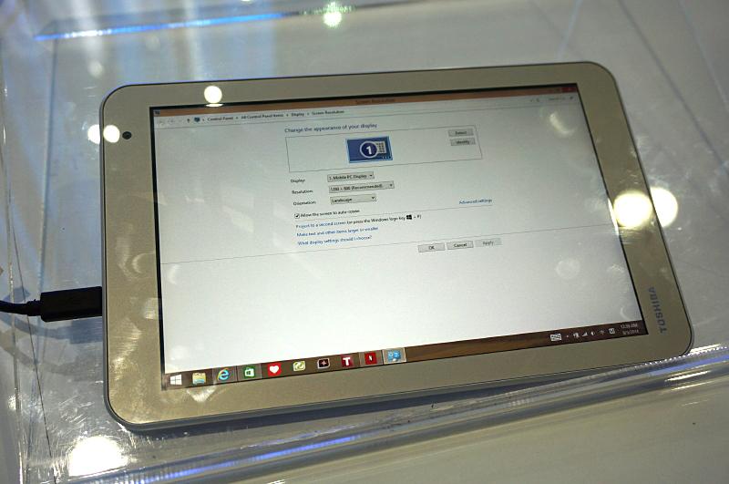 10.1型のEncore 2の液晶は10.1型1,280×800ドット