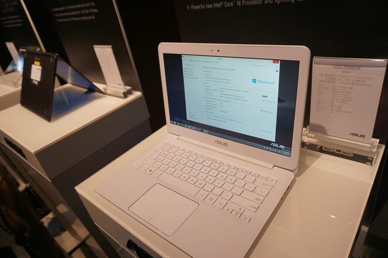CPUは未発表のCore Mを搭載しており、「5Y10a」というプロセッサナンバーで、ベースクロックは0.8GHzと表示されていた