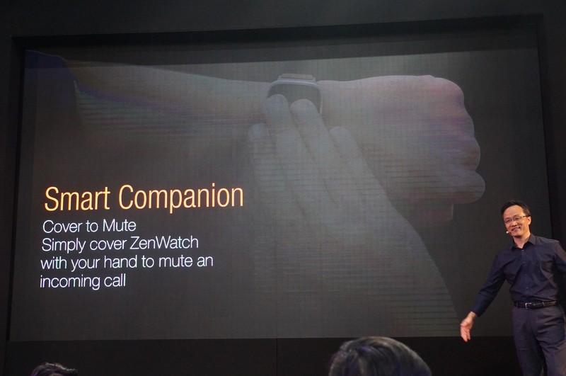 スマートフォンに電話がかかってきて着信音が鳴っても、ZenWatchで着信音を即座にミュートしたりできる