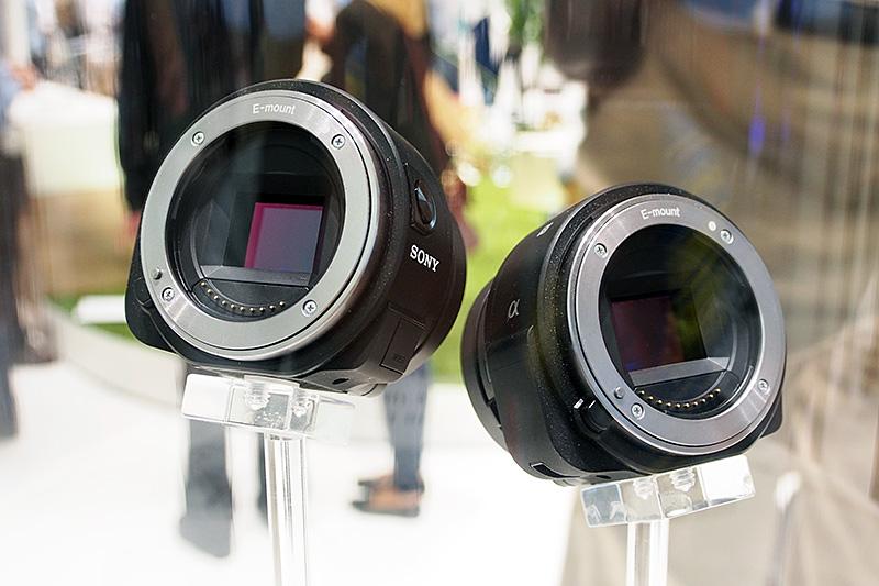Xperiaと連携するレンズスタイルカメラ「ILCE-QX1」。従来のQXがCybershotであったのに対して、αシリーズの系譜となる