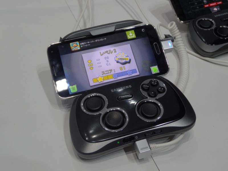同社製ゲームコントローラ