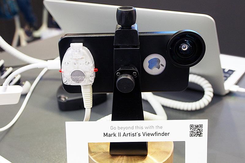 シュナイダー・オプティクスのiPro Lensシステムをアクセリーとして利用することでiPhoneでもさらに広角の画角を確保する