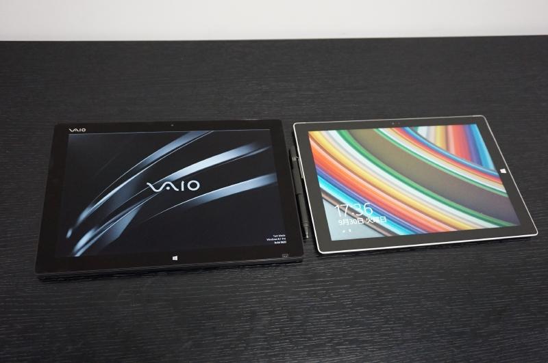 左がVAIOプロトタイプ、右はMicrosoftのSurface Pro 3