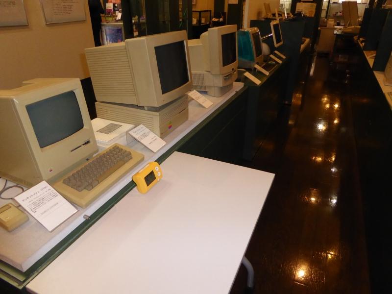 懐かしのパソコン類も