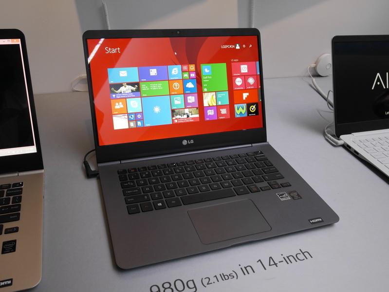 14型フルHD液晶搭載の薄型軽量ノート「Ultra PC 14Z950」