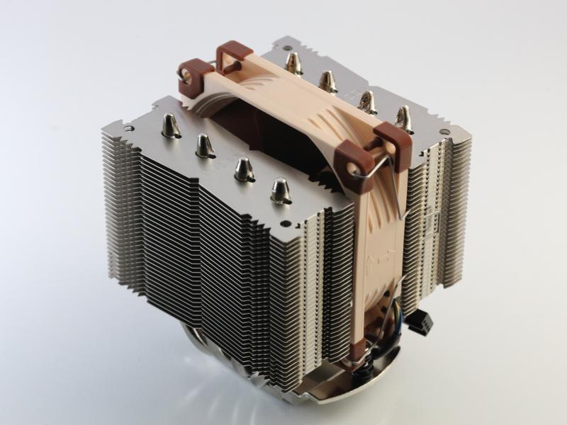 NH-D9L CPUクーラー本体