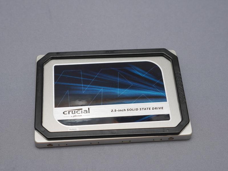 パッケージには高さ2.5mmのスペーサが付属し、高さ9.5mmにも対応可能