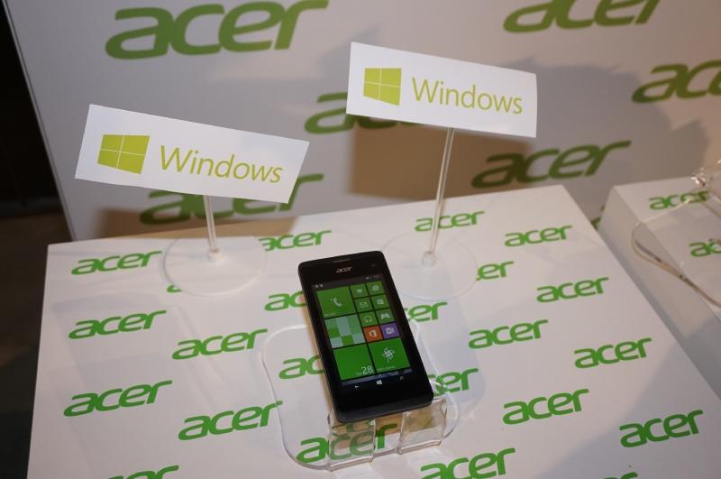 Acerが発表した79ユーロのLiquid M220、同社としては初めてのWindows Phoneとなる